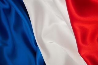 Francja: Szczepienia przeciwko Covid-19 dla wszystkich chętnych, zaszczepiony prezydent Macron
