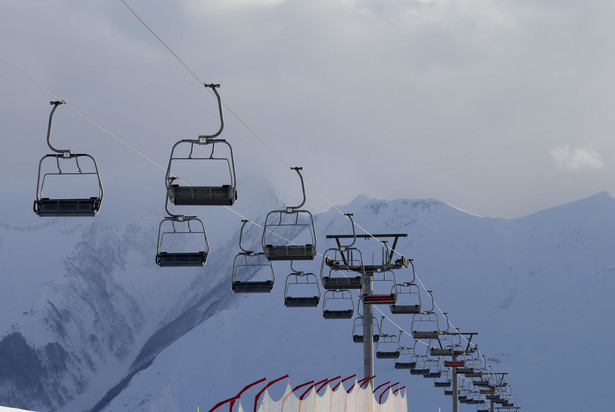 Wyciąg narciarski.