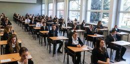 Egzamin gimnazjalny 2018 zostanie unieważniony przez przeciek o wypracowaniu?