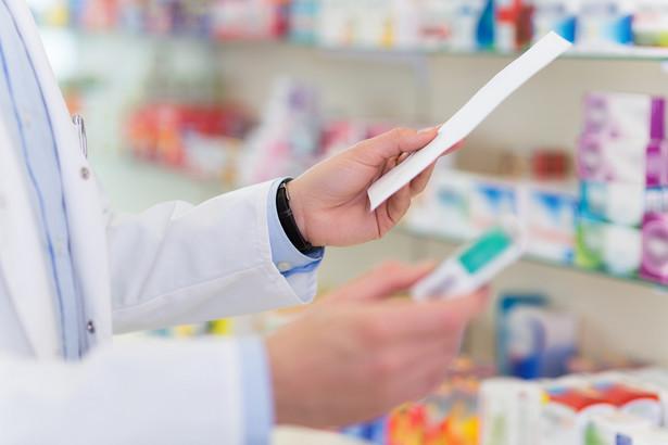 NSA, który także stanął po stronie głównego inspektora farmaceutycznego, w uzasadnieniu do wyroku wskazał, że sam fakt poprawnej rejestracji nazwy apteki nie oznacza, że dopuszczalne jest szerokie posługiwanie się nią, jeśli byłoby to sprzeczne z innymi przepisami, w tym przypadku – z art. 94a prawa farmaceutycznego.