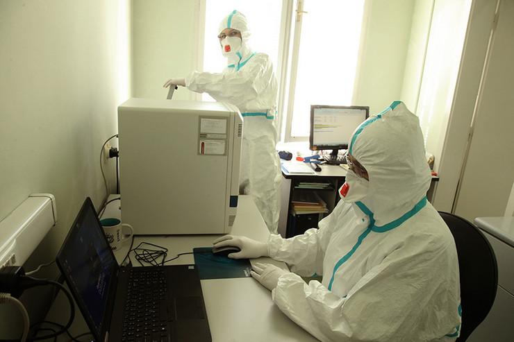 virus-korona-labaratorija-institut-za-javno-zdravstvo-23-foto-S-PASALIC