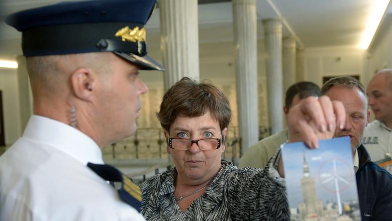 PiS oburzone: 4 czerwca wrócił do Polski komunizm