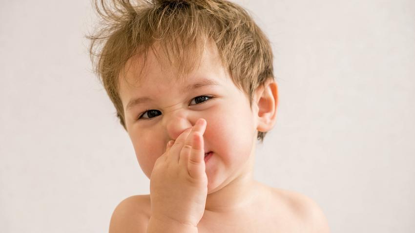 mitől kellemetlen szaga van a szájnak