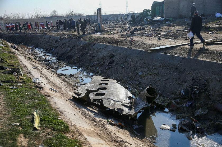 Szczątki zestrzelonego samolotu