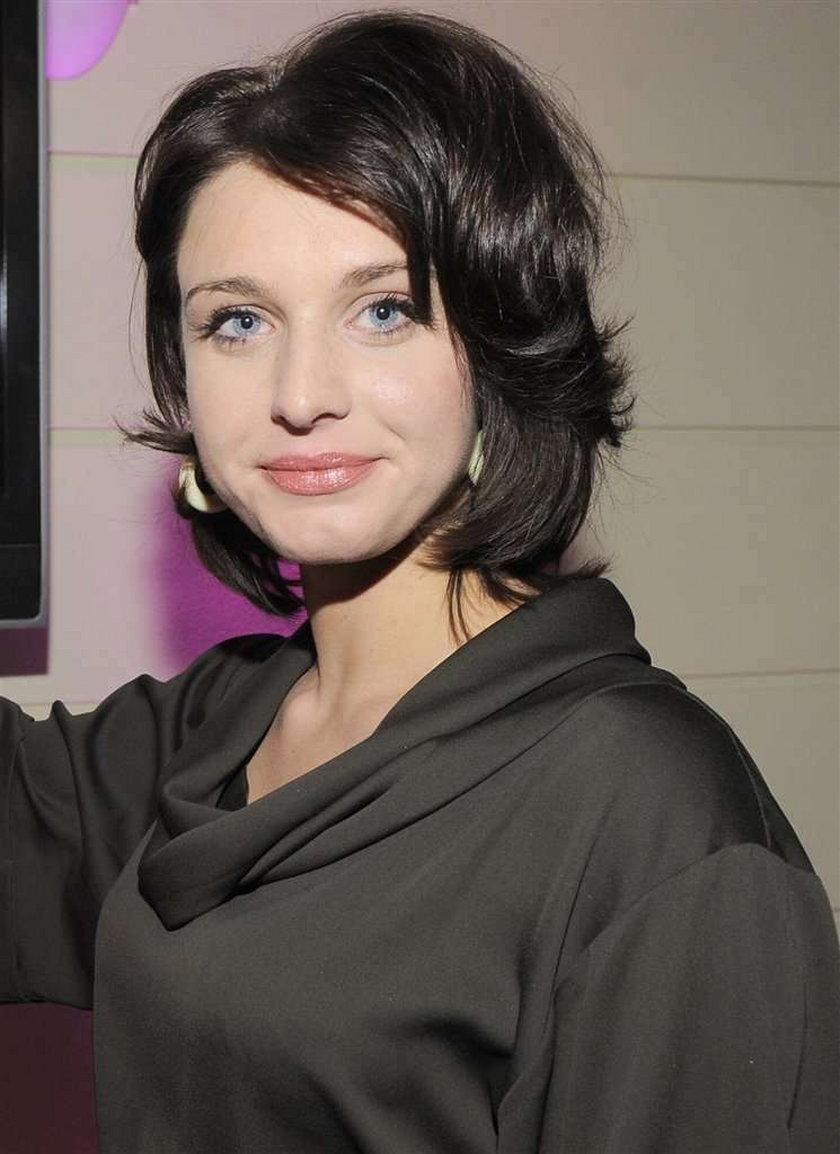 """Magazyn """"Viva"""" po raz kolejny organizuje plebiscyt na najpiękniejszych Polaków. W najnowszym numerze pismo prezentuje 25 kandydatek do tytułu Najpiękniejszej Polki"""