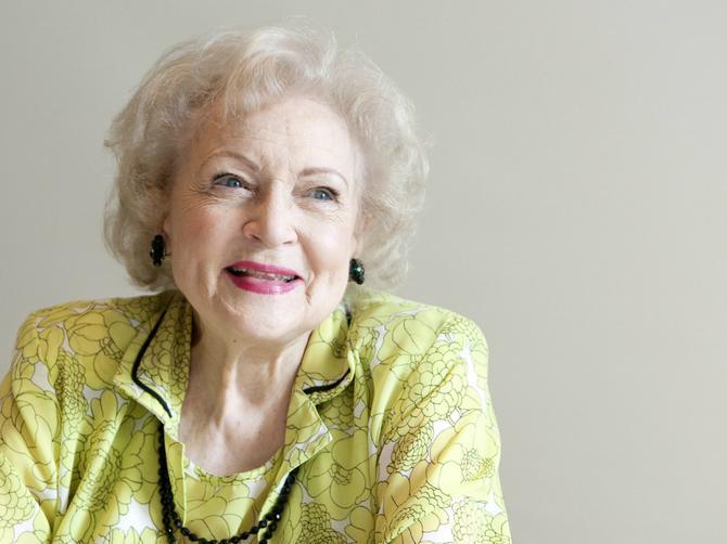 Njoj su muškarci hobi: Ima 94 godine i spremna je za novog dečka!