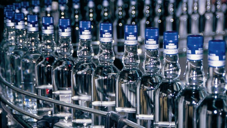 Posłowie kłócą się o wygląd butelek wódki