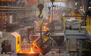 Największy producent stali testuje nową technologię. Emisja CO2 może spaść o 30 proc.