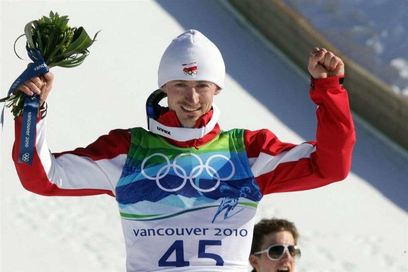 Małysz srebrnym medalistą na dużej skoczni w Vancouver