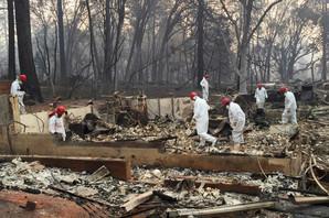 OČEKUJU DA ĆE KIŠA POMOĆI U Kaliforniji nastavljena potraga za žrtvama i nestalima