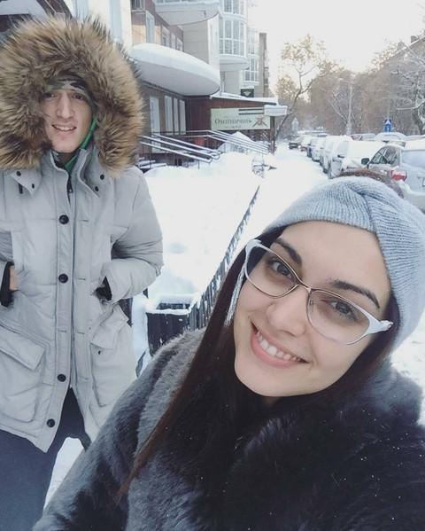 ROMANTIČNO! Ivana i Danilo pokazali emocije u ledenoj Moskvi! VIDEO