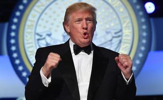 Trump podpisał dekret wycofujący USA z umowy TPP. 'Wielka sprawą dla amerykańskiego robotnika'