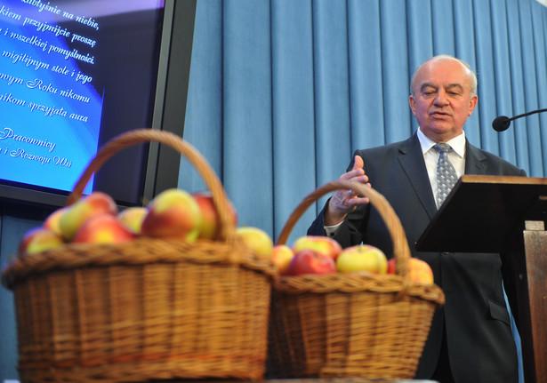 Stanisław Kalemba z polską żywnością