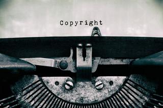 Dwukrotne wynagrodzenie za naruszenie praw autorskich niezgodne z konstytucją?