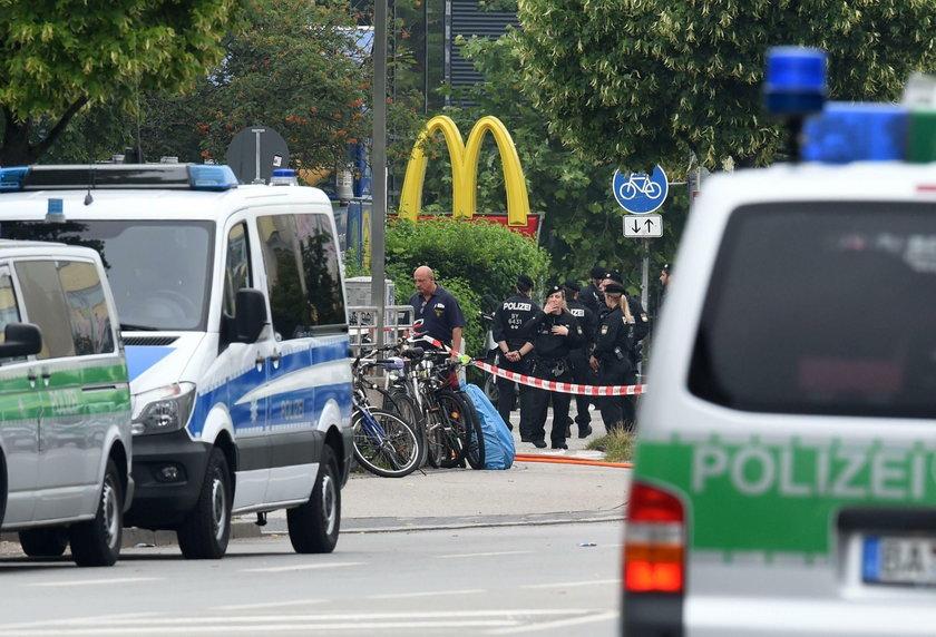 Zamachowiec z Monachium zwabił dzieci do McDonald's?