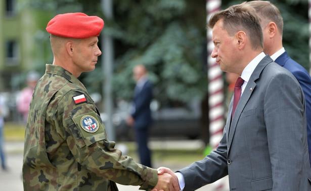 Minister Mariusz Błaszczak podczas święta Żandarmerii Wojskowej