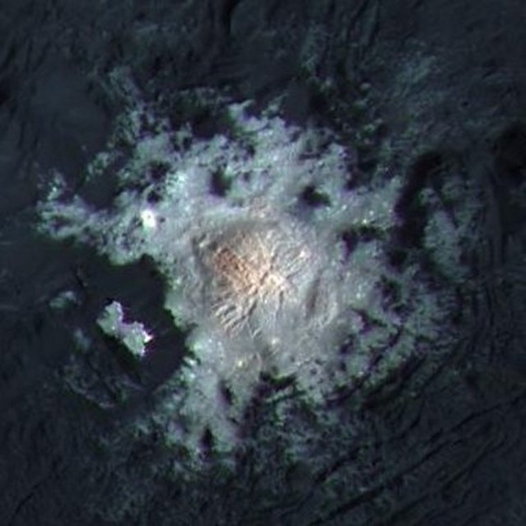 PIA20355-Ceres-DwarfPlanet-OccatorCrater-Center-201602-crop