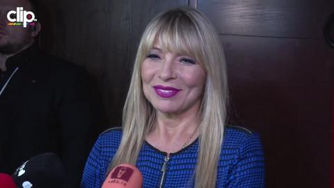U javnosti je uvek odmerena, a evo kakva je supruga Saše Popovića kad se kamere ugase! Video