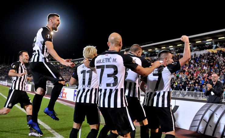 FK Partizan, FK AZ Alkmar