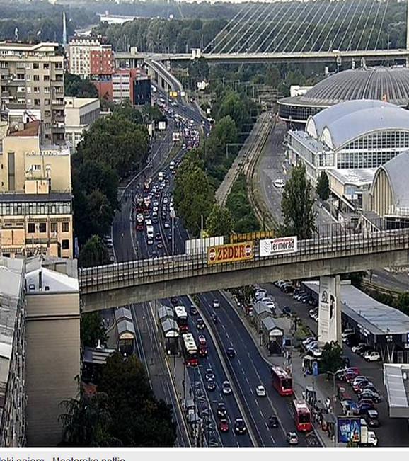 Na potezu oko Beogradskog sajma stvaraju se gužve