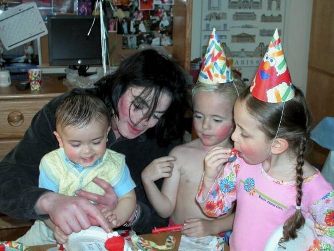 Majkl sa decom