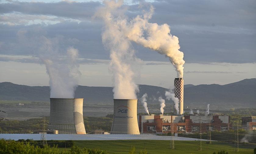 Czechom nie podoba się, że poszerzenie działalności odkrywkowej kopalni węgla brunatnego obniża lustro wody po ich stronie granicy.