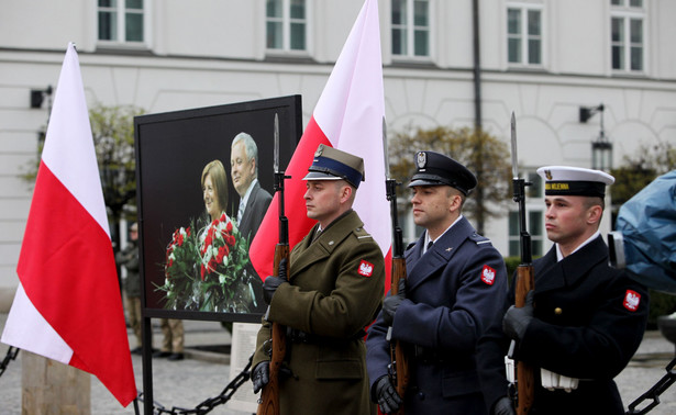 """""""Jeżeli chodzi o Bydgoszcz to prokuratura z szacunku dla rodziny nie ujawnia więcej szczegółów. Czynność ekshumacji mogę potwierdzić, ale nie personalia"""" - dodała Bialik."""