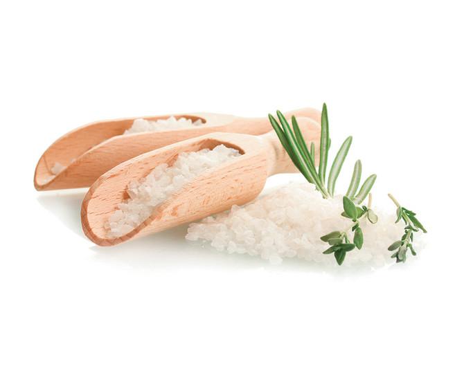 Uživanje u slanoj kupki preporučuje se jednom mesečno, najbolje petkom, oko punog meseca