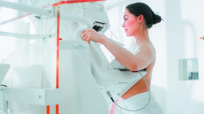 U Srbiji se trenutno rade tri skrininga – na rak grlića materice (na tri godine), rak debelog creva (na dve godine) i rak dojke (na dve godine)