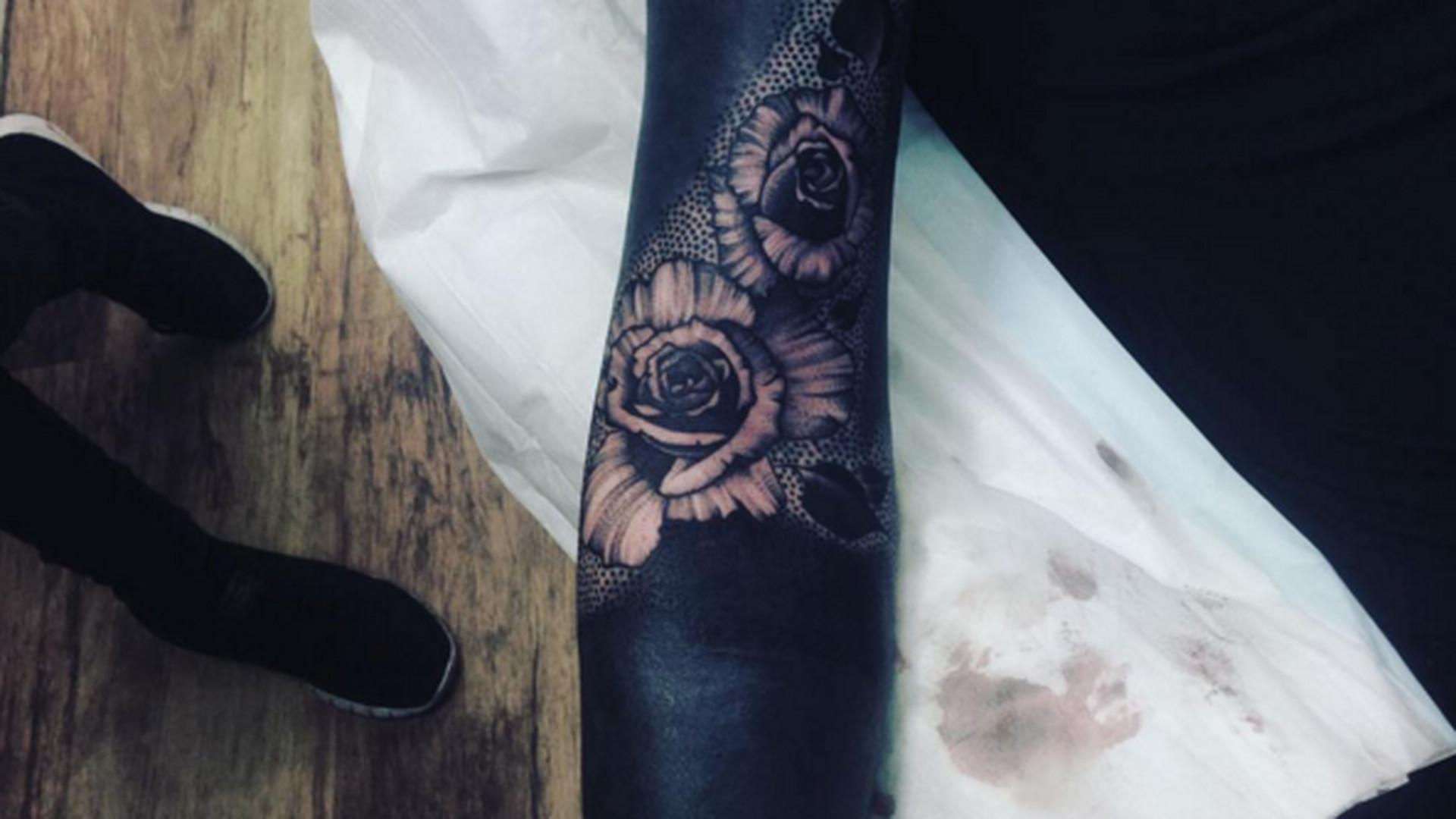Czarne Tatuaze Wypelnione Tuszem Od A Do Z Albo Je Kochasz Albo