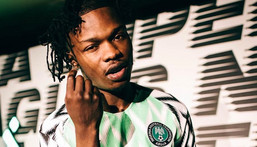 Nigerian singer Naira Marley has faced a lot of backlash for supporting Internet fraud (trenchtrenchtrench)