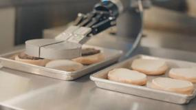 FLIPPY - robot smażący hamburgery od Miso Robotics