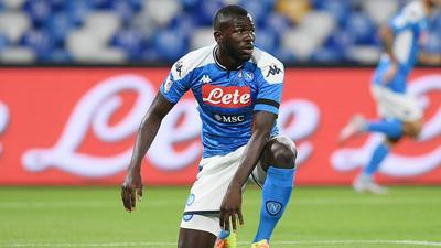 Naples : Kalidou Koulibaly a des envies d'ailleurs mais le club rechigne à le vendre