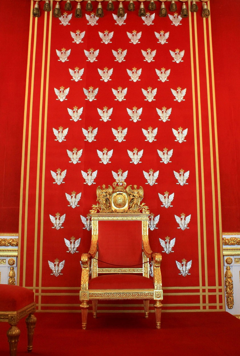 Tron Królewski
