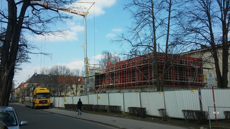Trwa budowa Collegium Medicum