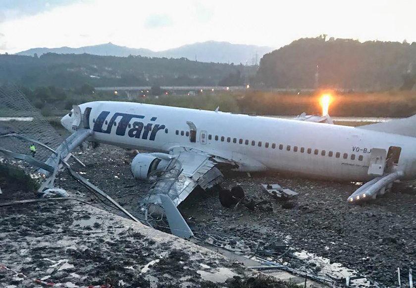 Utair passenger plane crash-lands in Sochi