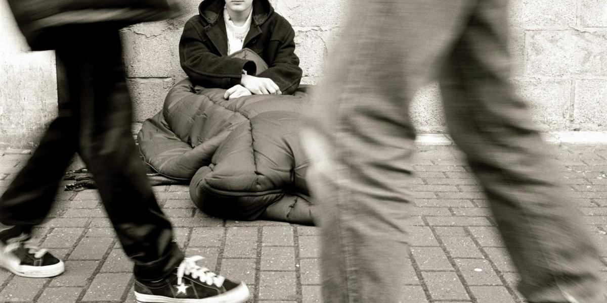 Oszukani na bruku: bezdomni Polacy w Hamburgu - Wiadomości