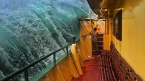Port w Sydney nawiedziły wielkie fale. Marynarzowi udało się zrobić ciekawe zdjęcia