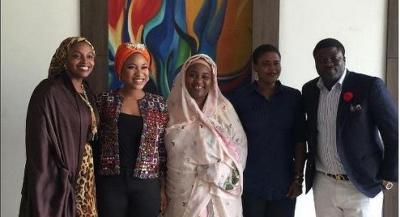 Tonto Dikeh with the first lady of Kebbi state, Hajiya Aisha Atiku Bagudu and other NGO founders.