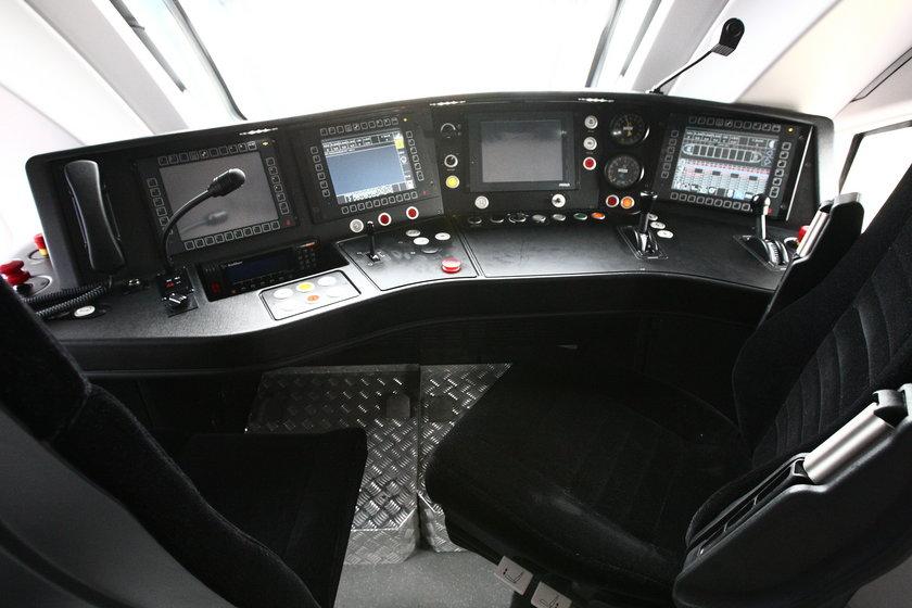 Składy Dart i lokomotywy Gama