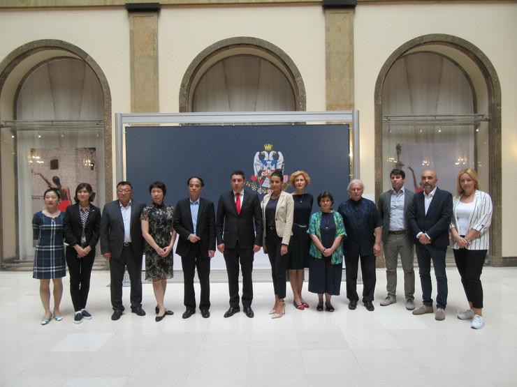 kineska delegacija