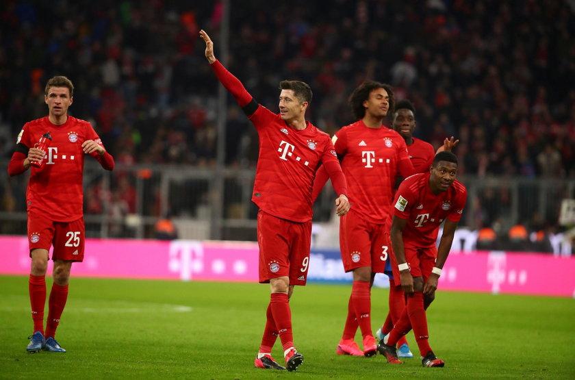 Robert Lewandowski strzeliłdwa gole w meczu z Paderborn