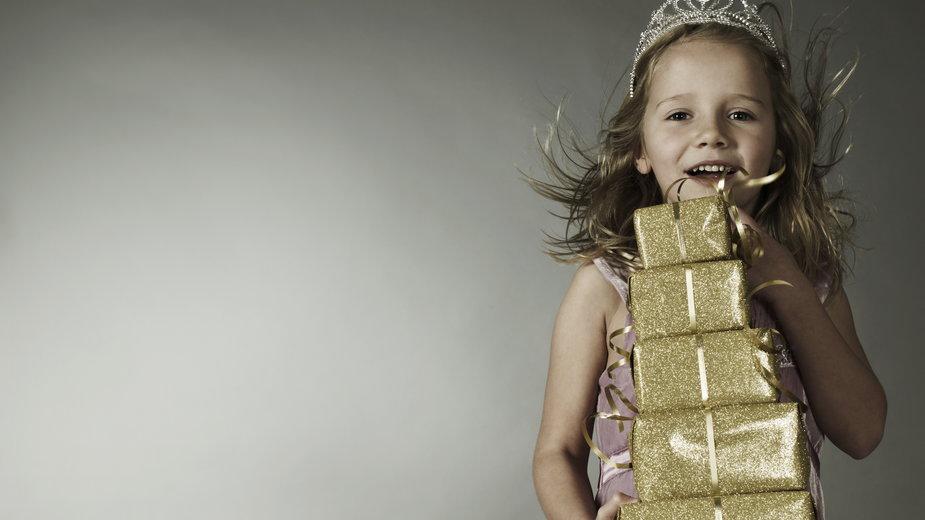 Kreatywne prezenty dla dzieci – jakie prezenty zaskoczą maluszka?