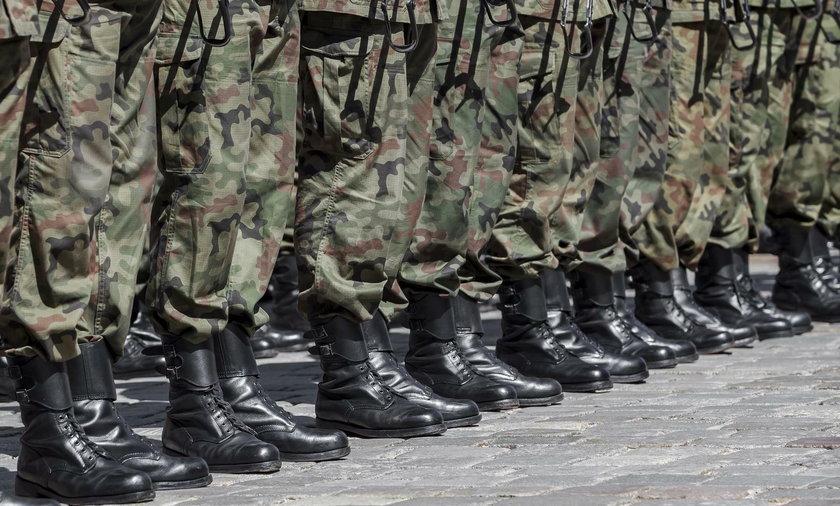 Koszmar 55-letniego żołnierza. Oskarża kolegę o gwałt