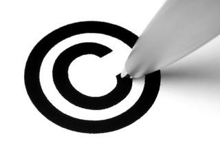 Projekt noweli Prawa własności przemysłowej koryguje normy ws. znaków towarowych