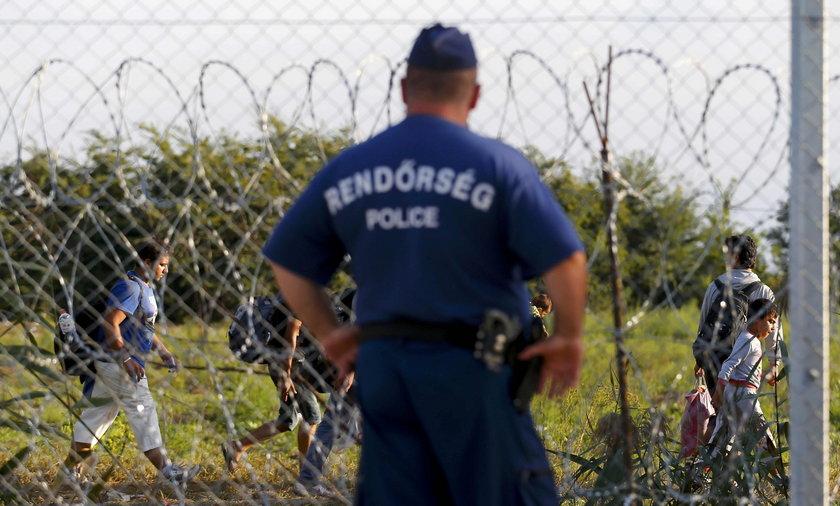 Węgrzy zamykają granicę z Serbią