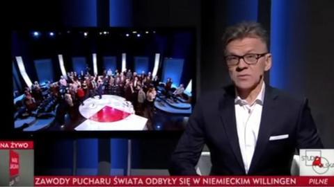 Maciej Pawlicki odczytujący zmyśloną wiadomość o aresztowaniu Ryszarda P.