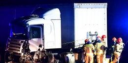 Wypadek pod Kutnem. Zginął pędząc pod prąd. Autostrada A1 na Katowice zablokowana.