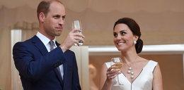 Zagraniczna prasa zachwycona suknią księżnej Kate od Baczyńskiej