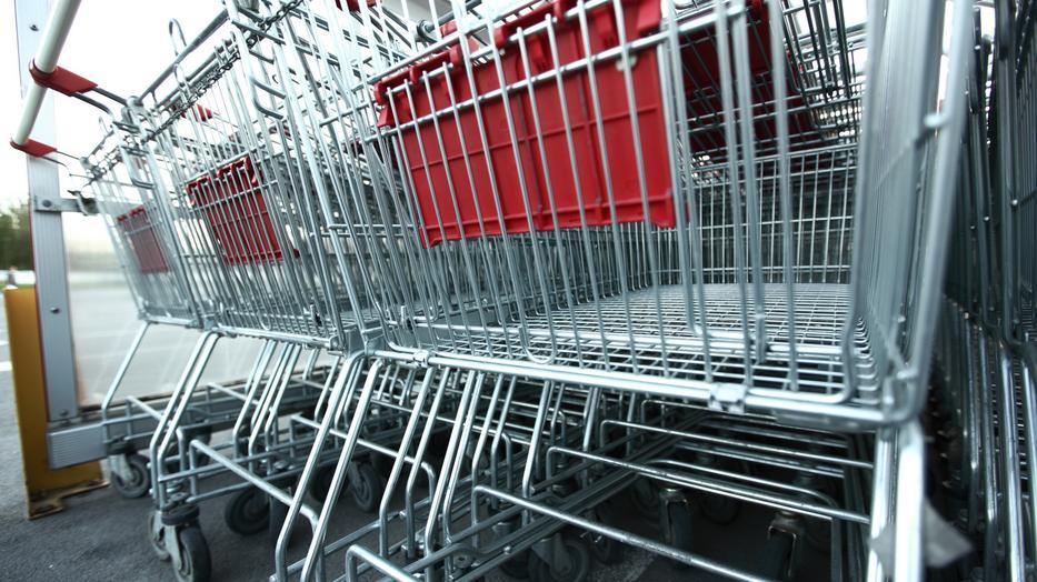 Egyre több pénzért tudjuk megtölteni a bevásárlókocsit? / Illusztráció: Northfoto